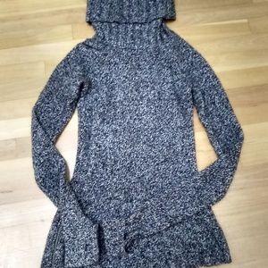 Athleta Brindle Asymmetrical Sweater (XS)
